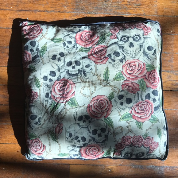 Other - Skull and rose patterned pillow